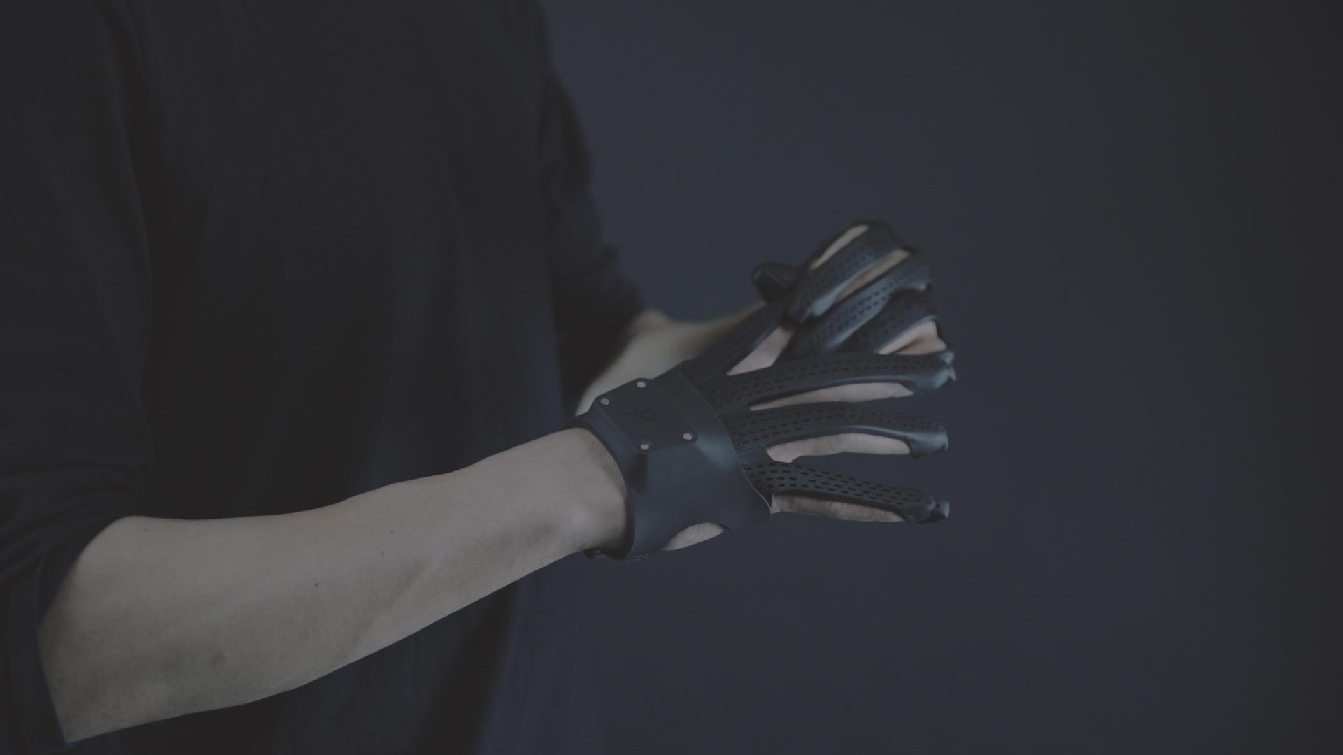 Plexus / High-performance VR/AR Gloves